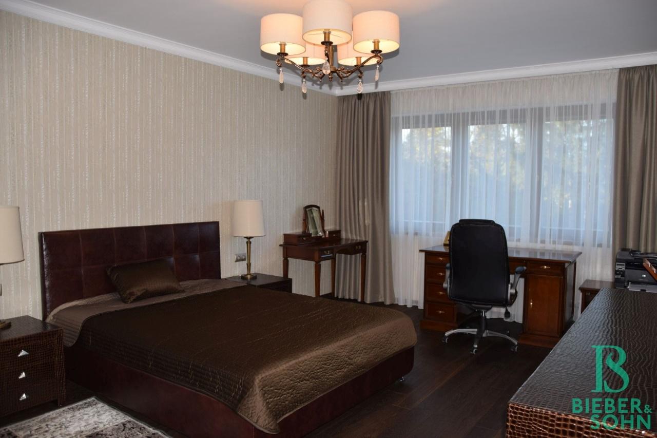 Zimmer 2/1. OG