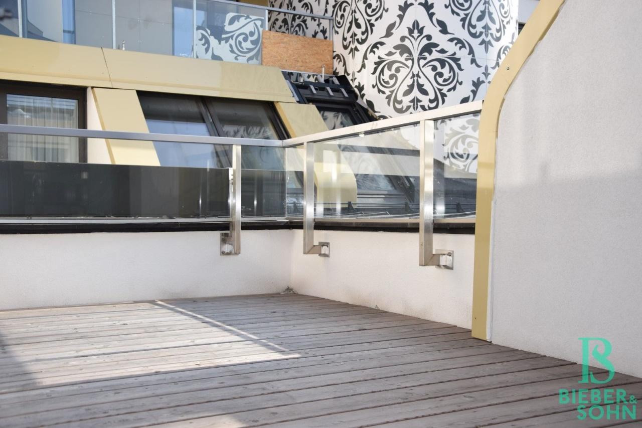 Terrasse vom Wohnraum aus